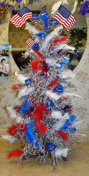 JULY 4TH TREE